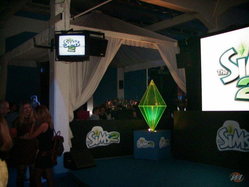 The Sims 2 @ Cafè Atlantique: Livin' Milan?