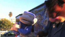 Hail to the Chimp filmato #6
