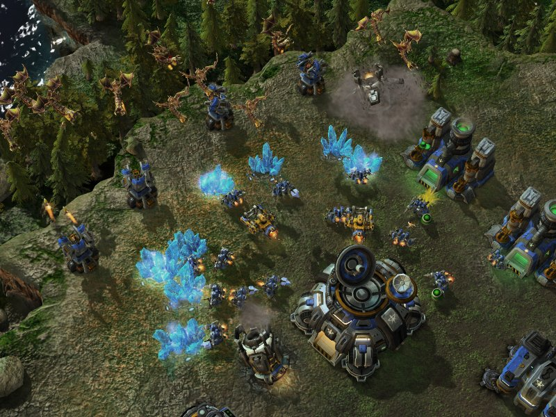 Il multiplayer di StarCraft II in video