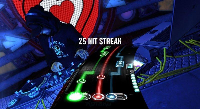 Prime immagini e video di DJ Hero