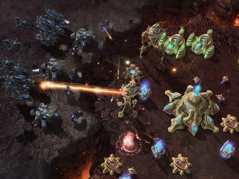 Un gameplay dalla beta di StarCraft II