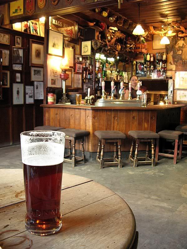 Un pub inglese arriva su Home