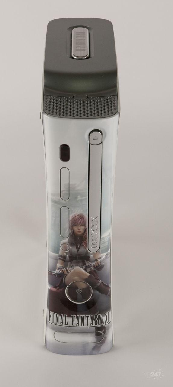 Prime foto della X360 brandizzata Final Fantasy XIII