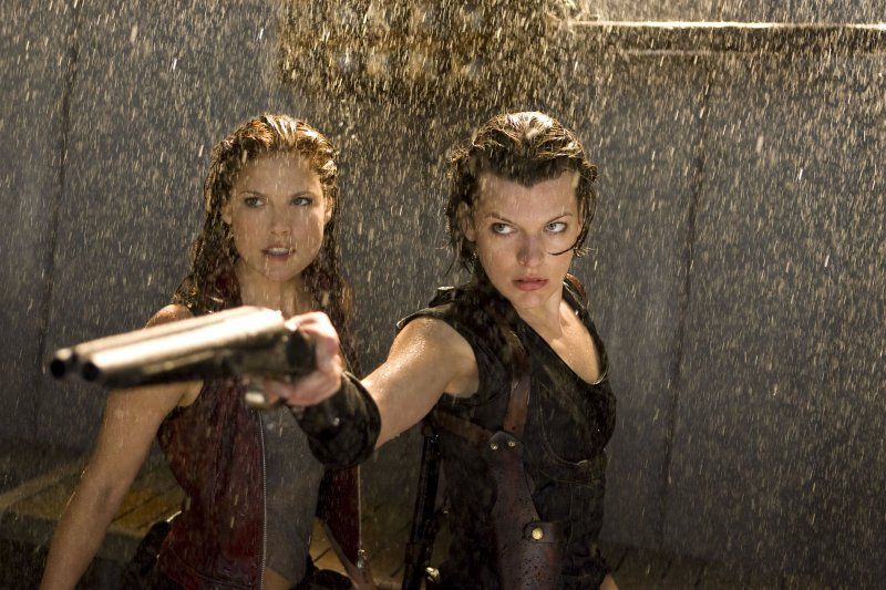 Il trailer in italiano di Resident Evil Afterlife su Movieplayer