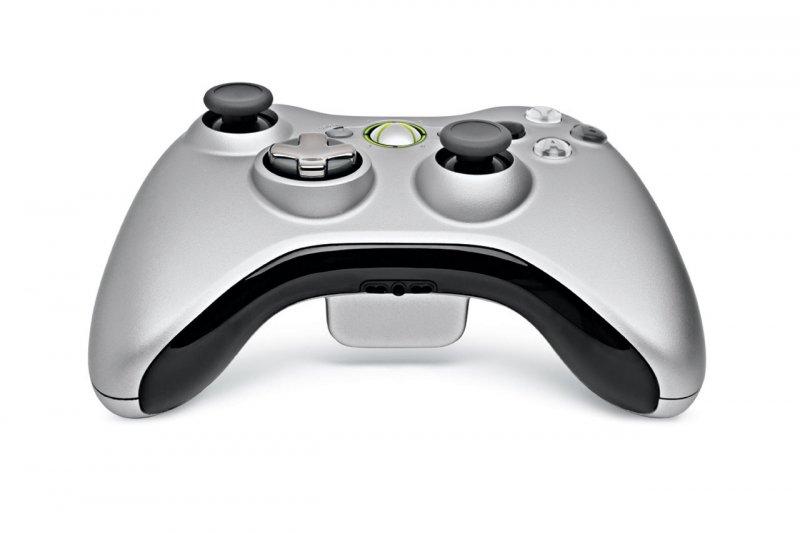 Confermato il nuovo controller per Xbox 360: arriva a novembre