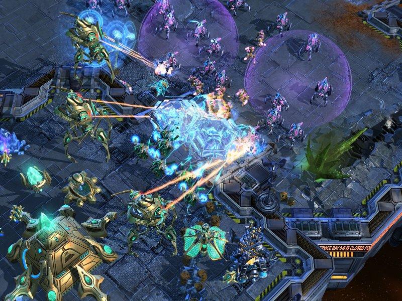 Patch 1.1 in arrivo per StarCraft II