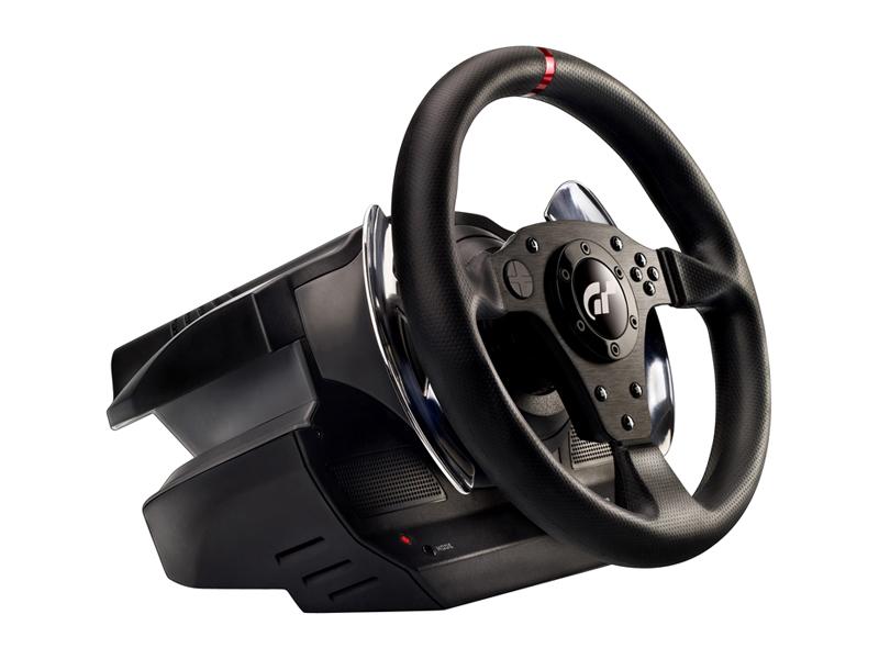 Da Thrustmaster i dettagli del volante per GT5