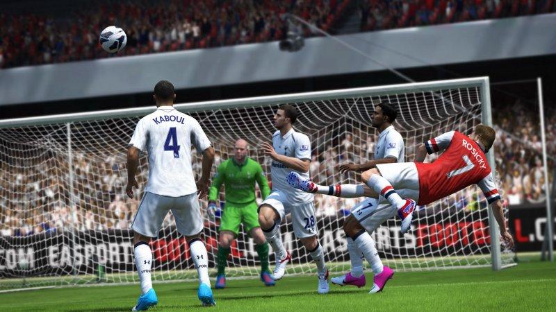 FIFA 13 ha venduto 353mila copie al day one negli USA