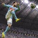 FIFA 15 continua a dominare le classifiche italiane, ma una strega lo tiene d'occhio