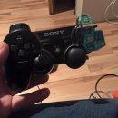 Un giocatore di FIFA 15 rompe un controller a causa di Götze, che si offre di ripagarlo