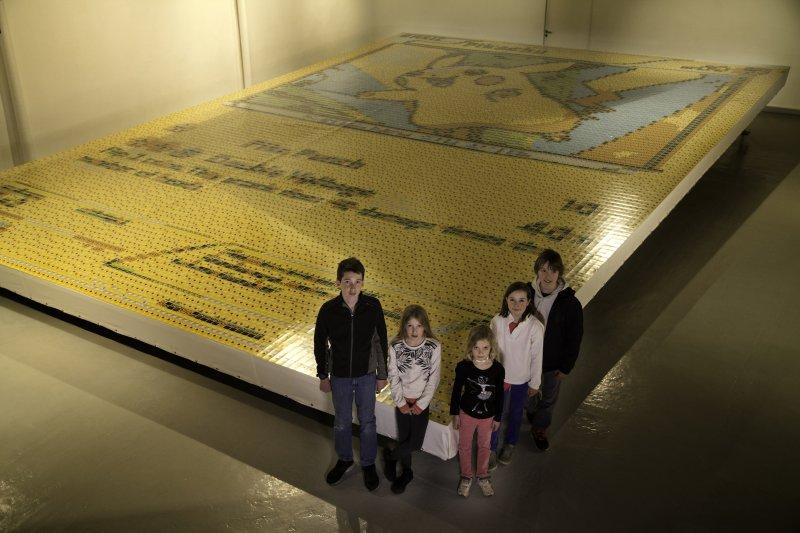 Un incredibile mosaico da record per festeggiare i 20 anni di Pokémon