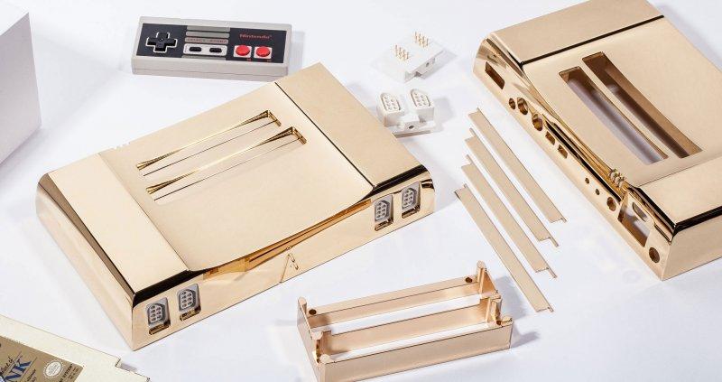 Se avete 5.000 dollari che vi avanzano, potete fare vostro un NES placcato oro