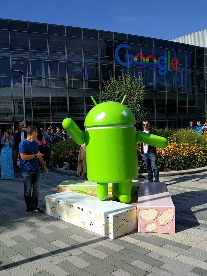 Android N diventa ufficialmente Android Nougat