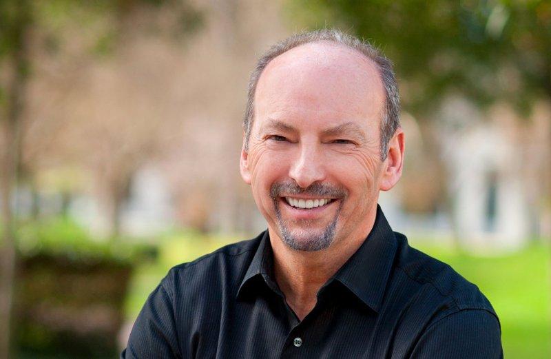 Peter Moore apprezza le nuove prospettive offerte da PlayStation 4 Neo e Project Scorpio