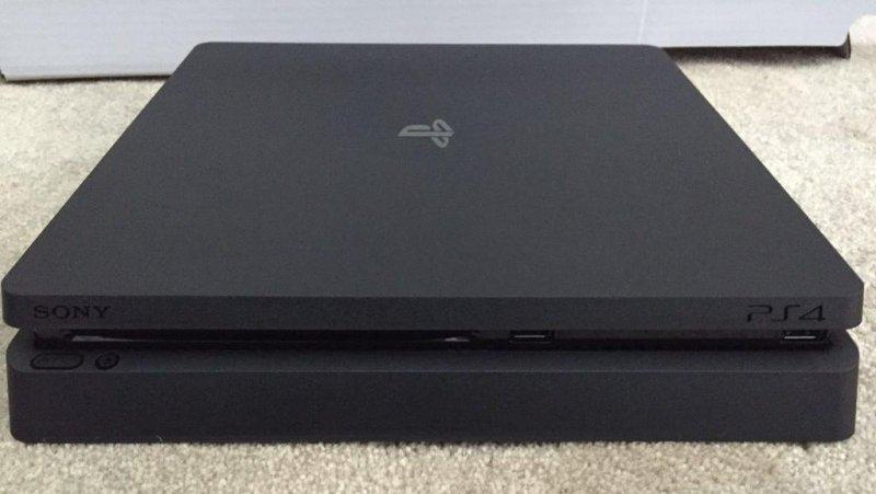 PlayStation 4 Slim è già disponibile per la vendita, più o meno