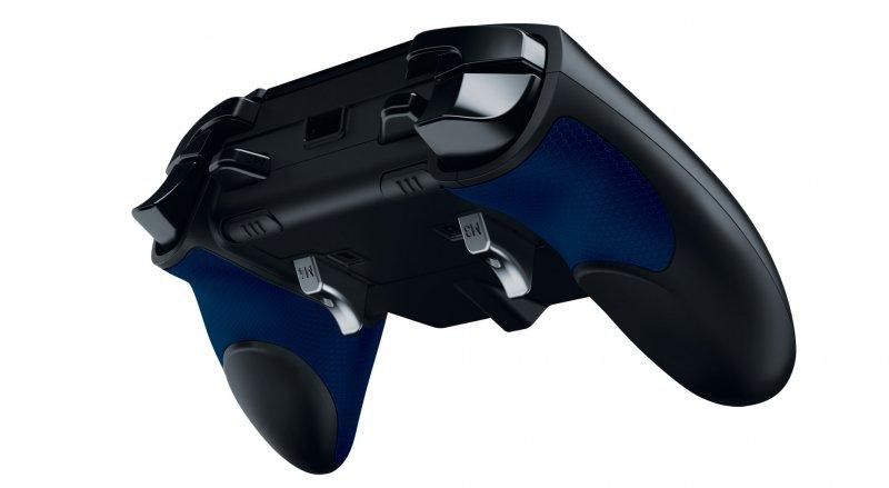 Qualche foto e dettaglio sul Razer Raiju, controller professionale per PlayStation 4 con licenza ufficiale di Sony