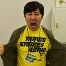 """Travis Strikes Again"", la t-shirt di Suda51 suggerisce un reveal del nuovo No More Heroes all'E3 2017?"