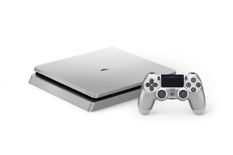 Il 2017 di PlayStation 4 è da record, secco no ai giochi come servizi