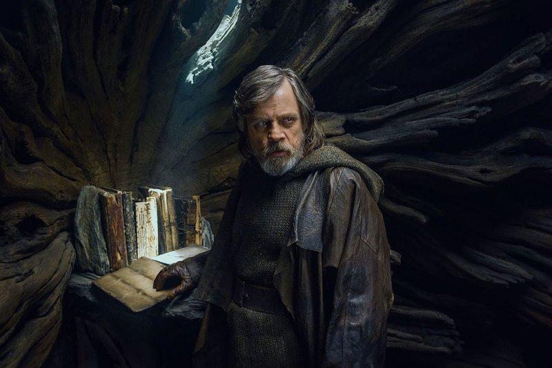Mark Hamill non conosce The Witcher, ma potrebbe interpretare Vesemir nella serie prodotta da Netflix