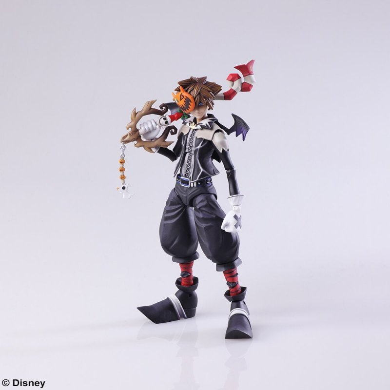 Kingdom Hearts III: Square Enix ha annunciato le action figure di Riku e Sora