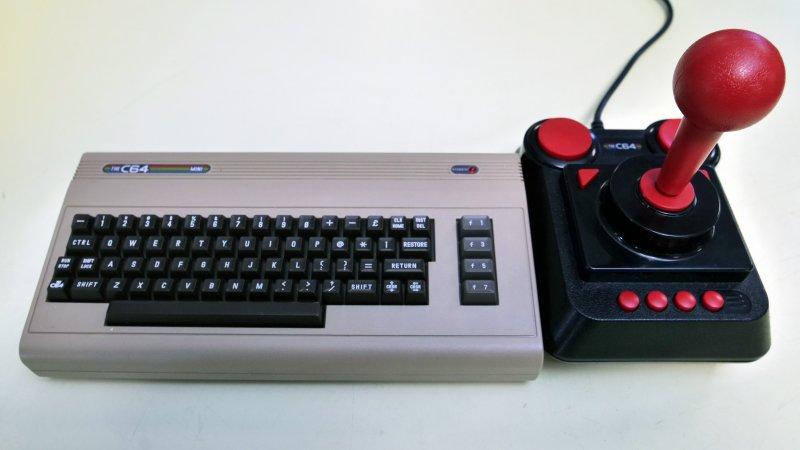 Annunciato il primo aggiornamento del firmware del The C64 Mini