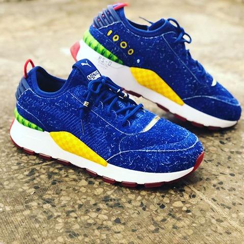 Puma ha lanciato delle scarpe dedicate a Sonic, il porcospino blu di Sega