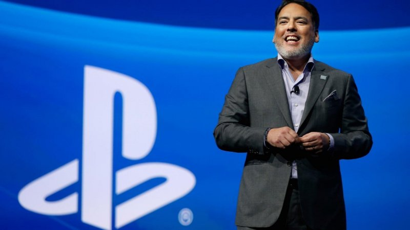 Sony Interactive Entertainment Ceo Shawn Layden Acknowledges Fortnite Controversry