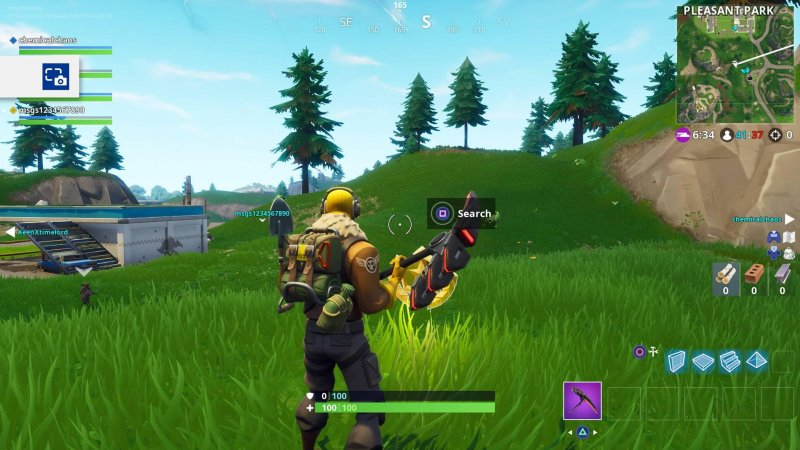 Fortnite Cerca Tra Un Distributore 1