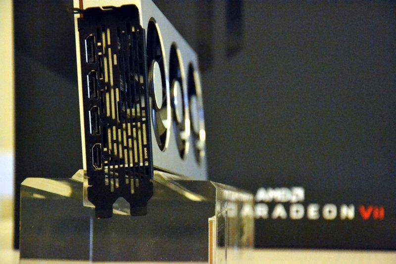 Radeon Vii 08