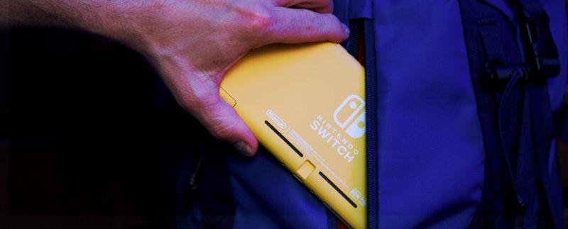 Nintendo Switch Mini 09