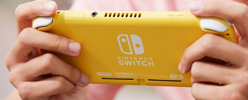 Nintendo Switch Mini 11