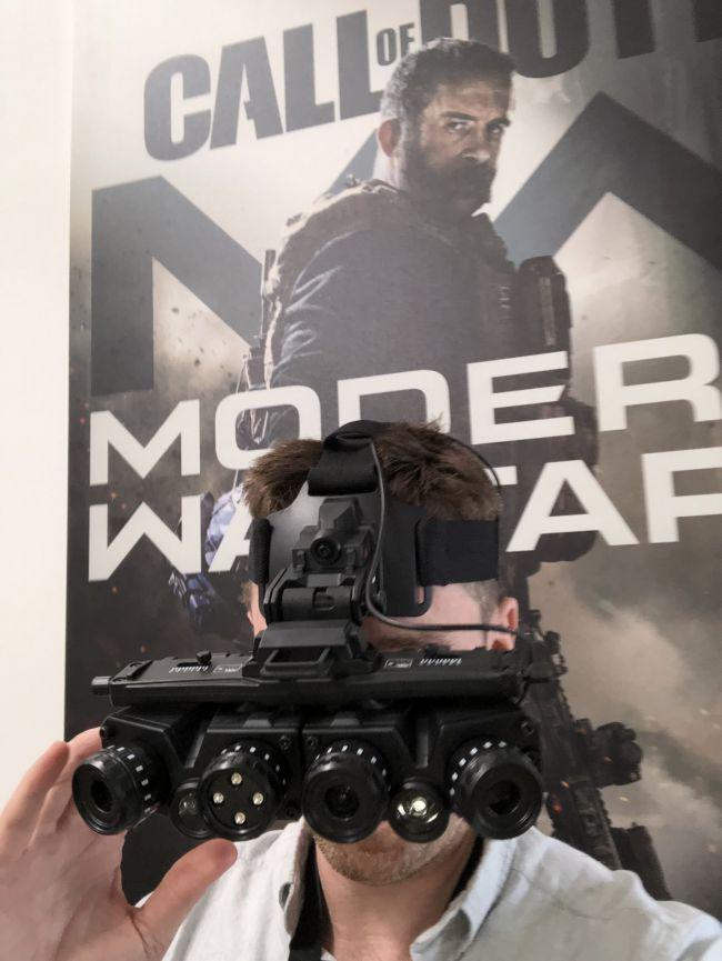 Modern Warfare Visore 4