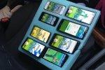 Pokémon GO, polizia ha trovato un uomo che giocava su otto telefoni mentre era in auto - Notizia