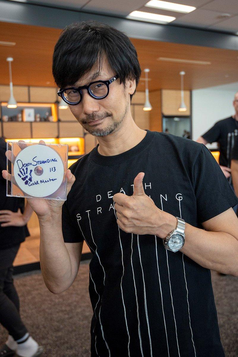Hideo Kojima affascinato dalla VR, ma il futuro del gaming risiede altrove  - Multiplayer.it
