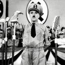Minecraft, bimbo lo chiede per Natale, il nonno gli regala il Mein Kampf di Hitler