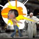 Papa Francesco, schiaffo a una fedele, arriva il gioco satirico