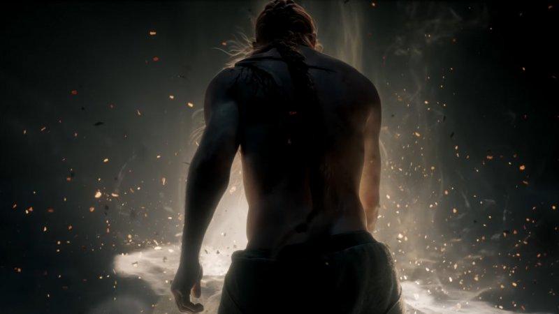 Elden Ring, un personaje sacado por detrás del segundo tráiler.
