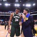 NBA, Curry vuole Antetokounmpo ai Warriors? No, lo stava reclutando per PUBG