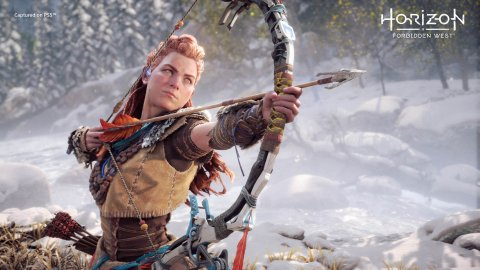 Horizon Zero Dawn, Aloy's cosplay from Tophwei drops us directly into the game