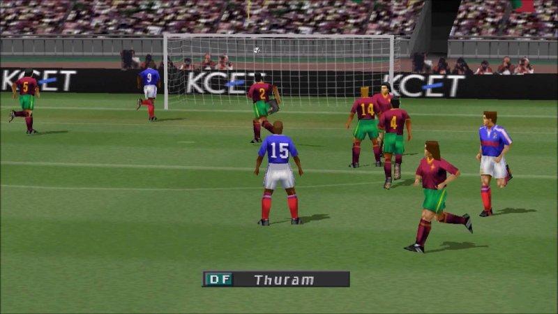 6 International Superstar Soccer Pro Evolution 2