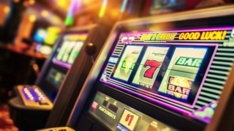 Twitch against gambling: ban for referral codes and links for betting sites