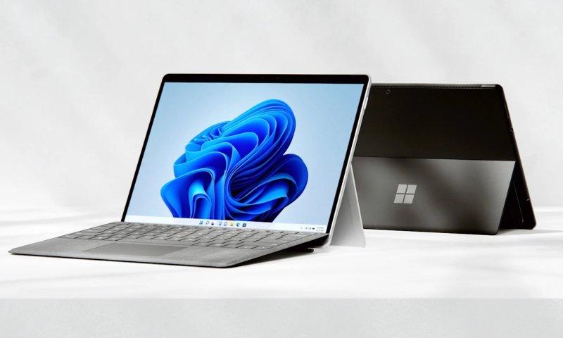 Microsoft Surface Pro 8 presentato: il 2 in 1 più potente, con Windows 11 -  Multiplayer.it