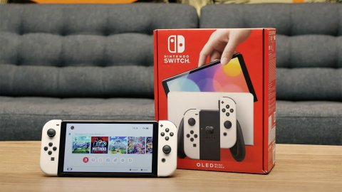 Nintendo Switch OLED brutalizes the competition in the Japanese charts